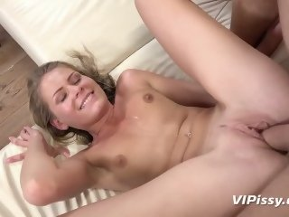 Vipissy - Cum and piss in..