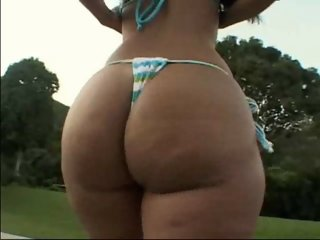 Suzana - Hot and big ass